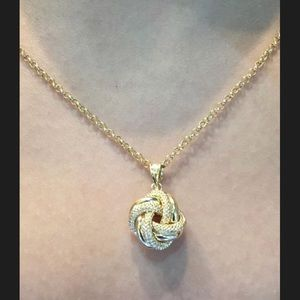 Love knot 18 k saudi gold